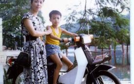 Nếu từng chụp ảnh với xe máy thế này, có lẽ bạn đã già