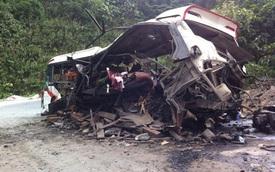 Nóng: Nổ xe khách ở Lào trên đường về Nghệ An, 9 người Việt tử vong