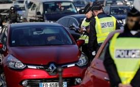 Paris: Miễn phí phương tiện công cộng khi cấm xe theo biển chẵn, lẻ