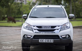 Cận cảnh xe SUV 960 triệu Đồng Isuzu MU-X tại Việt Nam