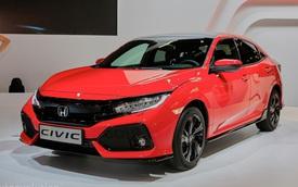 """Soi kỹ Honda Civic Hatchback 2017 """"bằng xương, bằng thịt"""""""