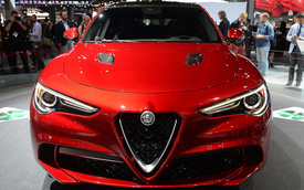 Alfa Romeo Stelvio - Đối thủ mới của Porsche Cayenne