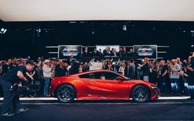 Siêu xe Acura NSX đầu tiên xuất xưởng có giá giật mình
