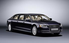 Audi A8L Limousine 6 cửa, dài hơn 6 mét và nặng 2,4 tấn trình làng
