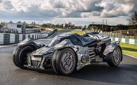 Chi tiết chiếc Batmobile trong hành trình siêu xe Gumball 3000 2016