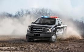 """""""Khủng long"""" Ford F-150 biến thành cỗ máy truy đuổi tội phạm"""