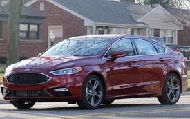 """Bắt gặp Ford Fusion 2017 """"trần trụi"""" trên phố dù chưa ra mắt"""