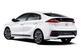 """Diện kiến xe """"3 trong 1"""" Hyundai IONIQ mới"""