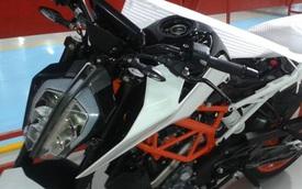 KTM Duke 390 2017 bất ngờ lộ diện, thiết kế cá tính hơn