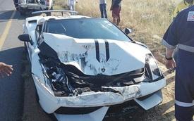 Đâm ngang sườn Mazda CX-5, siêu xe Lamborghini Gallardo nát đầu