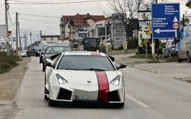 """Fan """"cuồng"""" của Lamborghini biến Mitsubishi Eclipse thành Reventon"""