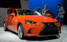 """Lexus bắt tay với """"vua tương ớt"""" gốc Việt để chế tạo IS đặc biệt"""