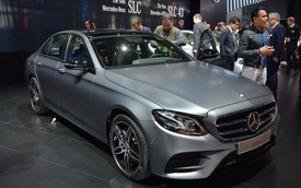 Mercedes-Benz E-Class thế hệ mới có giá khởi điểm 49.436 USD