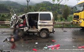 Lạng Sơn: Xe Suzuki đối đầu ô tô tải, thiếp mời cưới văng khắp nơi
