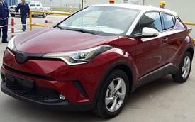 Crossover cỡ nhỏ Toyota C-HR lộ diện tại nhà máy