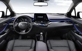 """Crossover được nhiều người mong đợi Toyota C-HR lần đầu lộ """"nội y"""""""