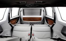 """Toyota Innova thế hệ mới được biến thành """"chuyên cơ mặt đất"""""""