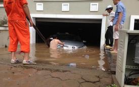 """Toyota Vios """"chết đuối"""" trong gara của biệt thự liền kề tại Hà Nội"""