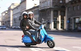 """Xe Vespa sắp bị """"cấm cửa"""" tại chính thành phố quê hương"""