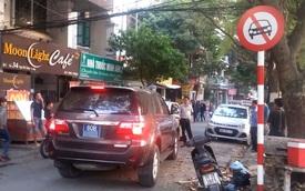 Hà Nội: Tài xế xe Toyota Fortuner biển xanh cố tình đi vào đường cấm gây bức xúc