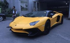 """Thiếu gia 9X Hà thành đưa """"siêu phẩm"""" Lamborghini Aventador SV mui trần về Việt Nam"""