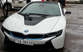 """BMW i8 của thiếu gia 9X Quảng Bình đeo biển """"khủng"""""""