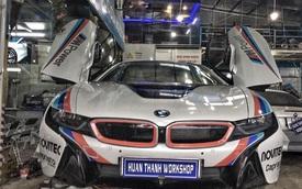 BMW i8 tại Đà Nẵng lên tem cực chất theo phong cách trường đua MotoGP