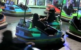 Đây là cách duy nhất cho phụ nữ Ả Rập lái ô tô