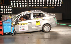 """GM """"muối mặt"""" vì sản xuất xe bị đánh giá 0 sao an toàn"""