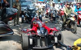 """Dàn xe mô tô """"khủng"""" tụ tập tại Sài thành"""