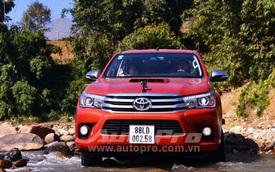Toyota Hilux chinh phục Ô Quy Hồ - Xe bán tải mà như SUV