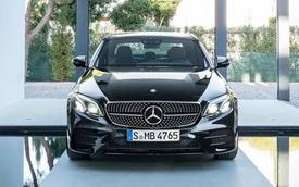 Chơi chiến thuật một mình một kiểu, Mercedes đã hạ gục BMW, Audi, Lexus như thế này