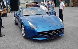 Thêm siêu xe Ferrari California T 2015 cập bến Việt Nam
