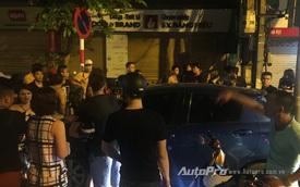 Hà Nội: Toyota Yaris gây tai nạn rồi bỏ chạy trên phố Huế