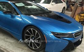 BMW i8 xanh ngọc độc nhất Việt Nam tái xuất long lanh như mới