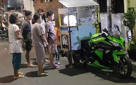 Kawasaki Ninja 300 ABS được sử dụng làm xe bán hàng dạo