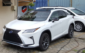"Lexus RX 450h F Sport 2016 phiên bản ""xanh"" cập bến Việt Nam"