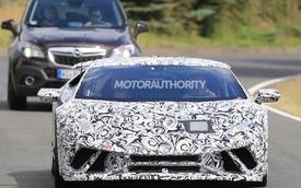 """Những hình ảnh mới nhất về """"siêu bò"""" Lamborghini Huracan Superleggera"""