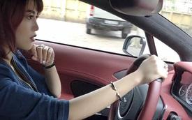 Tiểu thư 9X lái Aston Martin Rapide S dạo phố tại Hà Nội