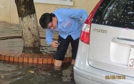 Hàng trăm ôtô bị tổn thất trong trận lụt ngày 26/9 tại TP HCM