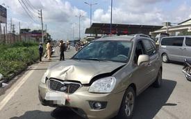 Ô tô tông liên hoàn 3 xe máy trên xa lộ Hà Nội, 1 người bị chấn thương nặng