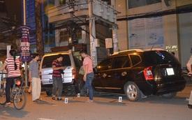 Xe 16 chỗ tông người phụ nữ lượm ve chai dính vào cột điện