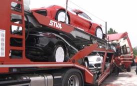 7 chiếc Porsche Cayman GT4 mới cứng tan nát trên cao tốc Đức