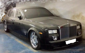 Xót xa Rolls-Royce Phantom bị phủ bụi dày đặc tại Hà Nội