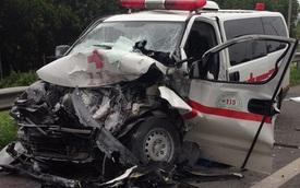 Xe cứu thương tông vào đuôi xe bồn trên cao tốc Long Thành - Dầu Giây, một người tử vong