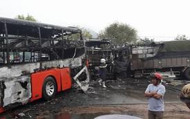 Bình Thuận: Ba ô tô cháy rụi, 12 người tử vong
