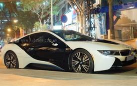 Tiểu thư 8X Sài thành sở hữu BMW i8 màu lạ