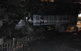 Xe tải tông vào nhà dân, 6 người thoát chết trong gang tấc