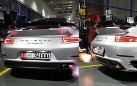 """""""Rửa tai"""" với màn Porsche 911 Turbo S nẹt pô """"khạc lửa"""""""