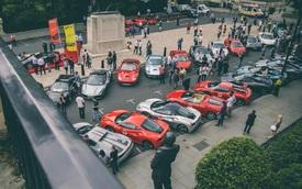 """""""Mãn nhãn"""" với cảnh 70 chiếc siêu xe Ferrari đẹp nhất cùng nhau tụ tập"""